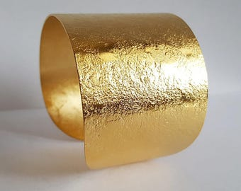 Golden cuff small wrist