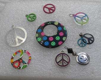 Lot Of Salvaged Colorful Peace Sign Smiley Face Pendants Hoop Charms