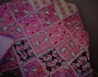 Hello Kitty Rag quilt with Pillow Case