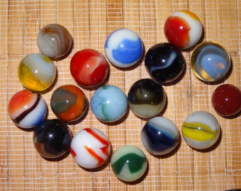 Lot of 17 Vintage Marbles / Glass Marbles / Toy Marbles / Game Marbles / Craft Supplies / Jewelry Supplies / Marble Lots / Lot #79