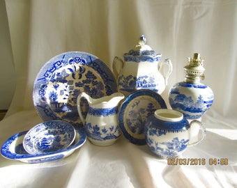 Blue Willow  Vintage Blue Willow Assortment   Blue Willow sugar bowl