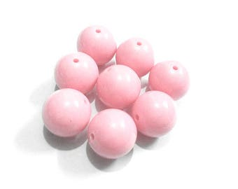 round beads 10 x 10mm PALE pink plastic
