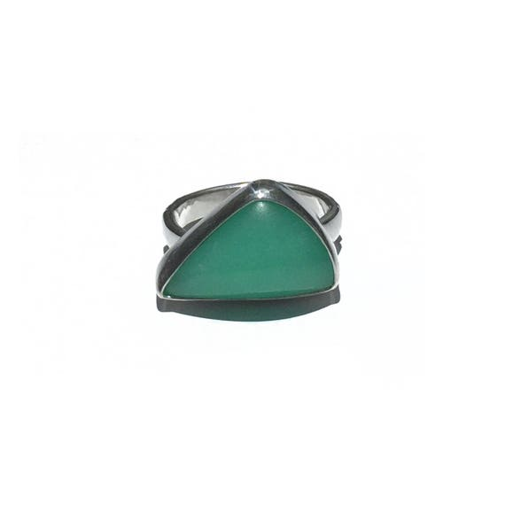 apple green chrysoprase ring, size 7