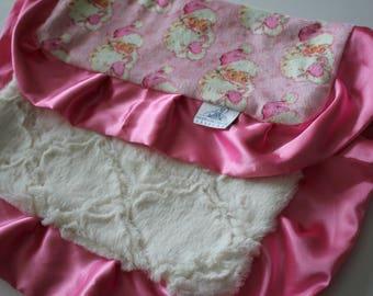 Hello Santa Print with Ivory Lattice Minky Back and Carnation Pink Satin Trim LOVIE Blanket, Baby girl, Baby Shower, Christmas, Holiday