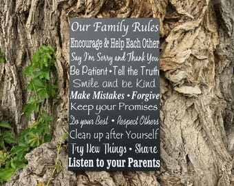 CUSTOM House Rules Sign, In This House We Do Wooden Sign, Family Rules Wood Sign, PERSONALIZED Family Values Wall Decor, Housewarming Gift