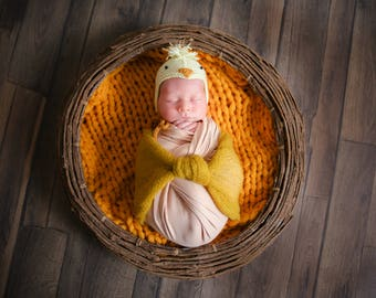 Baby Chicken hat newborn photo props knitted chicken hat easter hat newborn bonnet baby shower gift for baby MADE TO ORDER
