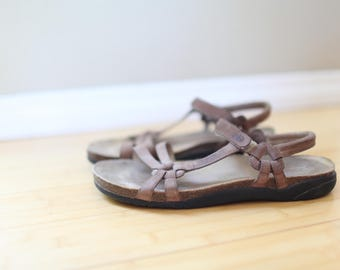 vintage teva strappy tan leather strap cork sandals womens 11