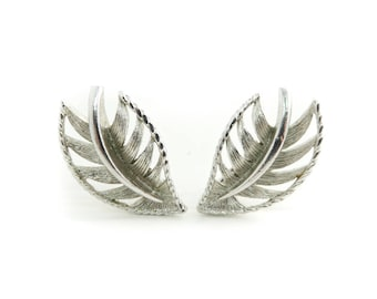 Vintage, Leaf Earrings, Silver Tone, Clip Ons, STB115