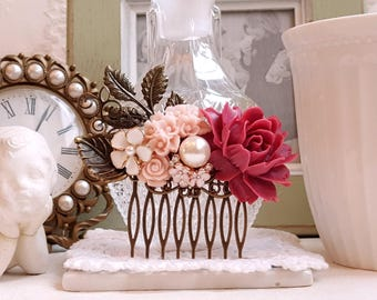 Red and blush roses brass hair comb Bridal hair comb Pink and white flower Rustic hair comb