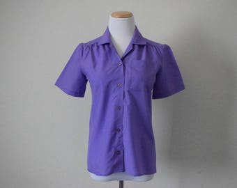 FREE usa SHIPPING vintage Women's polyester vintage button up blouse short sleeves, minimalist Missy size 8