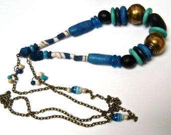 Collar, collar étnico, marroquí y africano los granos, pasta de vidrio, terracota, driftwood, regalo mujer