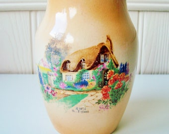 Peach cottage vase L & Sons ltd