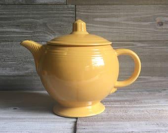 Vintage Fiesta Medium Teapot - Yellow (FREE SHIPPING)
