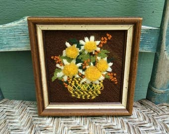 Floral crewel embroidery,70s crewel embroidery,vintage crewel embroidery,vintage floral art,crewel embroidery floral,daisy crewel embroidery