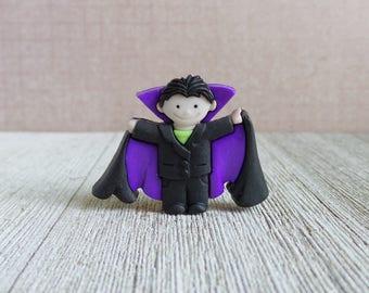 Count Dracula - Halloween Costume - Vampire - Lapel Pin