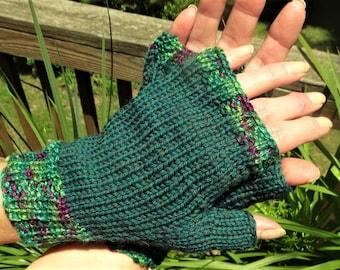 Fingerless Gloves Hand Knit Ladies' Emerald Green Gloves W/Variegated Cuffs Merino Wool Fingerless Hand Warmers Green Fingerless Wool Gloves