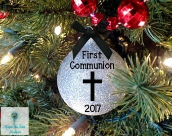 First Communion Gift - First Communion - Baptism Gift - Baptism Favors - Christmas Ornament - Holy Communion - Personalized Gift - Communion