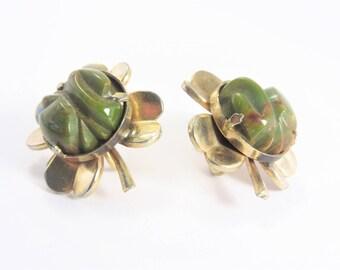 Vintage Green Bakelite Shamrock Earrings Screw On