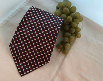 V319 Adolfo Couture, printed ,tie