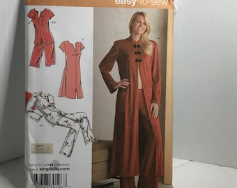 d242 Simplicity 3968, sewing pattern,women pajamas, robe, oriental style, size 18-26  uncut