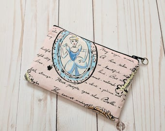 Fashionable Princess Frame Small Zipper Pouch /  Light Pink
