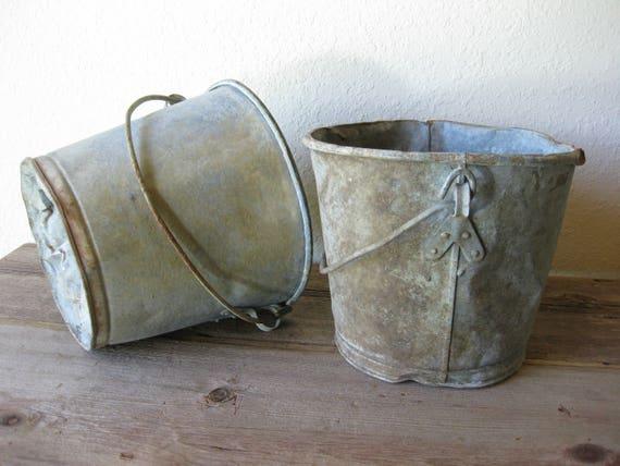 Vintage galvanized buckets set of 2 rustic bucket for Galvanized well bucket