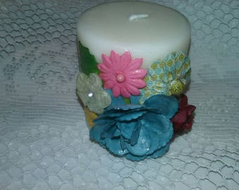 Decorative Pillar Candle - Sunny Spring Bouquet CA12