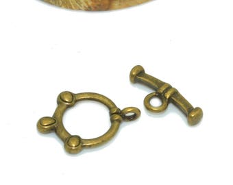 4 10mm bronze colored toggles clasps