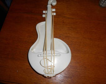 Red Wing pottery Matt White Wall Pocket LUTE fiddle