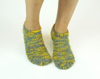Wool slipper socks. Chunky knitted slippers. Indoor shoes. Slipper socks. House Shoes. Adults slippers. Birthday present. Gift for women
