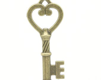 46 * 19 mm bronze colored heart shaped key pendant