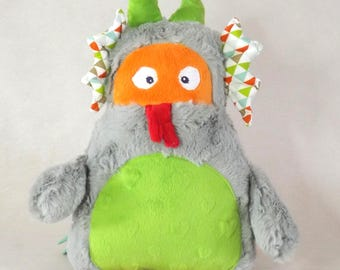 Stuffed dragon - by Chatfildroit Leon