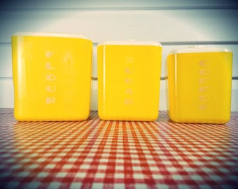 Vintage Yellow Lustroware Nesting Containers in that Great ole' vintage plastic