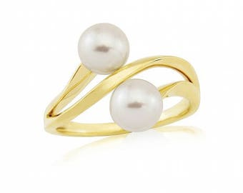 Pearl and Diamond Engagement Ring, White Gold Pearl Ring