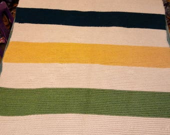 Fall colored chrocheted throw blanket