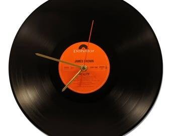 "JAMES BROWN ""REALITY"" 33tours VINYL clock"