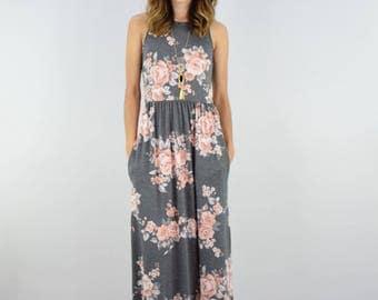 Plus Size Vintage Floral Maxi Dress