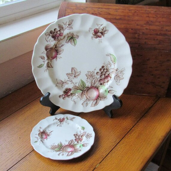 "Harvest Time 10"" Dinner Plate Plus 6"" Bread and Butter Johnson Bros England Discontinued China"