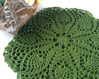 Green small doily, 7 inch doily, crochet doily, party decorations, table protect, lace doilies, small gift, mini elegant doilies