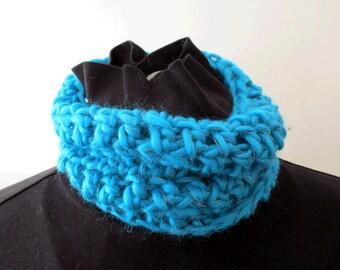 Collar Scarf (adult, loose fit) - reflective yarn - crochet, cosy, bright, warm, useful!