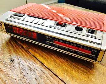 Vintage General Electric Clock Radio (upcycled)