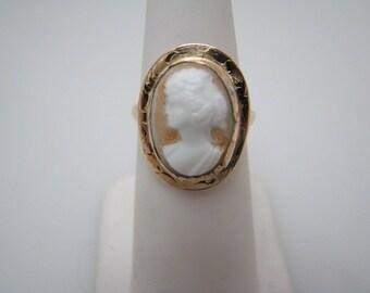 Beautiful 10k Yellow Gold Cameo Ring