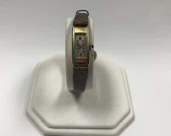 a601 Vintage 1920's 10k Sapphire Crown Elegant Swiss Wrist Watch