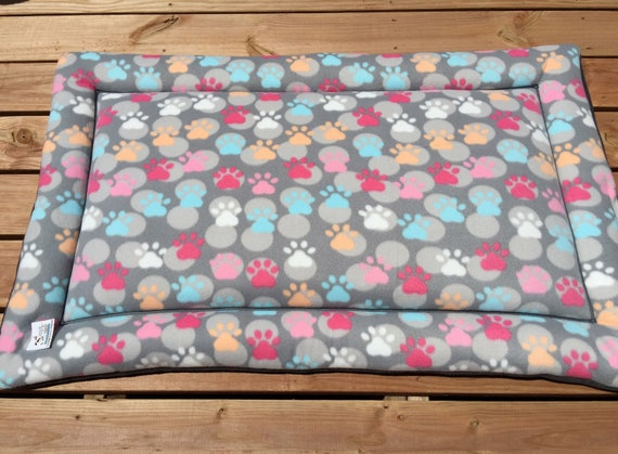 Pink Dog Bed, Big Puppy Bedding, Large Crate Pad, Large Breed Dogs, Paw Print Pet, 30x48 Kennels, Dog Bed Large, Kennel Mat, Travel Pet Bed