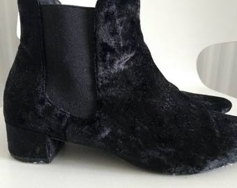 Black velvet ankle boots size 4