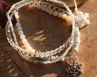 Frosted Snowflakes/ Set of 3/ Stretch Bracelets