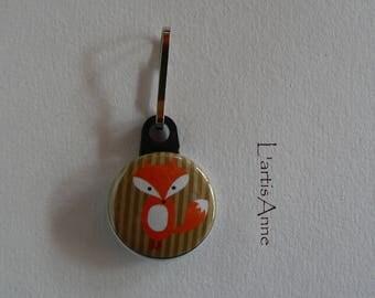 Zip Strap Badge Fox zipper pull.