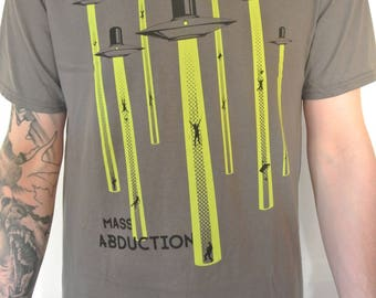 MASS ABDUCTION TEE