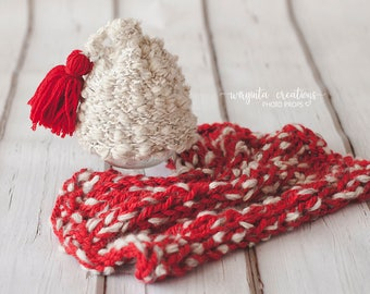 Handmade two piece set for newborn. Christmas theme. Set include: hat and layer/blanket. Only one set available. Ready to send. Photo prop