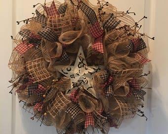Primitive Wreath, Deco Mesh Wreath, Front Door Wreath, Pip Berry Spray, Tin Star, Primitive Decor, Door Hanger, Housewarming